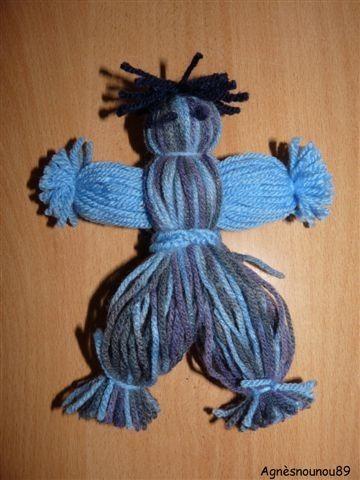 Poup e en laine - Bonhomme de neige en laine ...